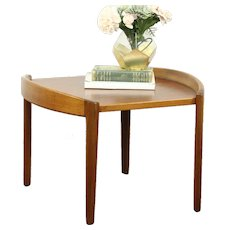 Teak Midcentury Modern 1960 Vintage Coffee or Cocktail Table #28635