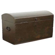 Dome Top Pine Antique 1840 Immigrant Trunk or Blanket Chest  #28738