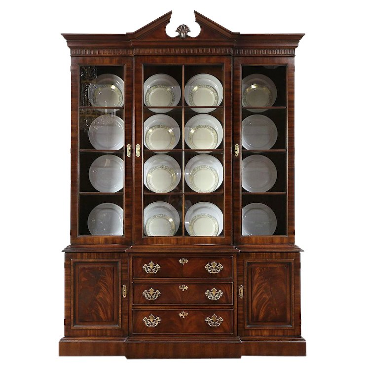 Traditional Vintage Mahogany Breakfront Lighted China Cabinet, Drexel #29733