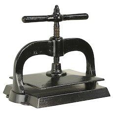 Cast Iron Antique Black Bookbinder Book Press #31024