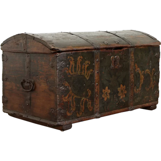 Immigrant Antique 1798 Farmhouse Pine Trunk, Hand Painted Dovetail Joints #37412