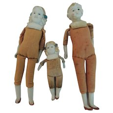 Molded Bisque Shoulder Head Doll Family For Repair or Parts * TLC