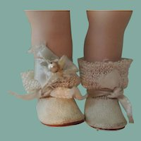 HTF Vogue Ginny Bride Shoes and Socks with Blue Ribbon