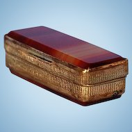 19th Century English Agate and Brass Snuff Box