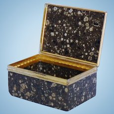 Rare Mid-18th Century German or French Porphyry Snuff Box with Gilt Copper Mounts