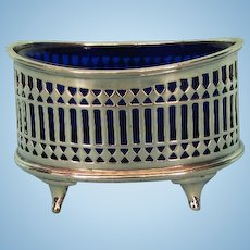 Early 20th Century English Sterling Silver Salt Cellar by Stokes & Ireland, Chester