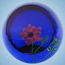 Vintage Scottish Caithness Anemone Glass Paperweight