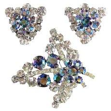 Vintage D&E JULIANA Rhinestone Pin Earrings Blue Aurora Borealis Demi Parure