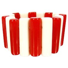 Vintage RED WHITE LUCITE Stretch Bracelet Rounded Cylinders Elastic Large