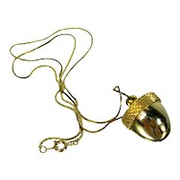 Vintage Gold Tone Acorn Locket Necklace
