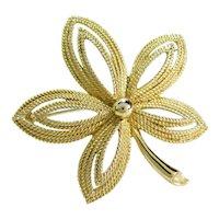 Vintage CROWN TRIFARI FLORAL Pin Gold Tone Star Flower Designer Signed