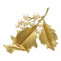 Vintage TRIFARI Leaf Pin Faux Pearl Gold Tone Designer Signed