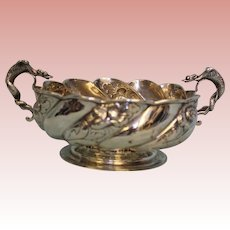 Antique Center Bowl Elaborate Dragon Handles c.1891 London Hand Chased 14.61ozt