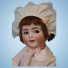17 inch Antique German 1361 Alt,Beck & Gottschalk Flirty Eye Jointed Toddler Doll