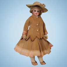 10'' Jumeau Child Fashion Doll Size 1 Gusseted body Closed/Mouth Paperweight eyes Boo Boo Bargain