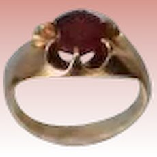 Pretty Yellow Gold & Ruby Ring 1 Carat Ladies Size 5 GREAT PRICE!