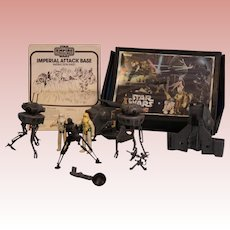 1981 Star Wars Empire Strikes Back with Droids 9 pieces Carrying case