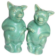 Vintage Pair of Rosemeade Wahpeton Pottery Figural Pig Salt and Pepper Shakers