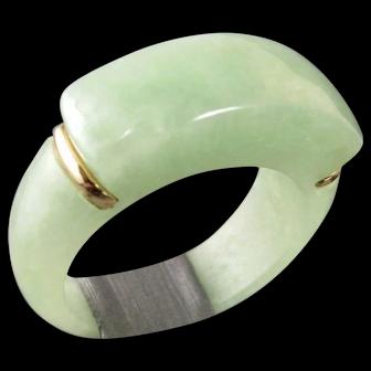 Vintage Chinese Jade and 14k Gold Saddle Ring Size 6