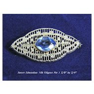 Exceptional Art Deco 10K White Gold Filigree Pin with Synthetic Sapphire