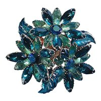 Vintage Triple FLOWER Navette Rhinestone Pin - Intensely Green