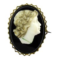 Old Victorian Carved Glass Cameo Pin Brooch