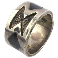Old Wide Chunky Taxco 925 Silver Ring Etched w/ Inlay