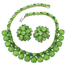 1950s Gorgeous Greens Rhinestone Jewel Set Necklace Earrings