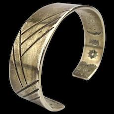 Paguin LAGUNA-ZUNI Sterling Silver Cuff Bracelet Inside Stamp Work
