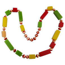 Chunky Colorful Vintage Lucite Bead Necklace