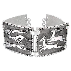 Vintage Aluminum Link Bracelet - Hounds Chasing Deer Engraved Stylized