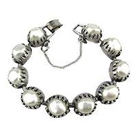 Vintage JUDY LEE Bracelet Silvery Cups of Baroque Pearls