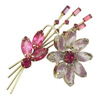 Super Pretty Vintage Rhinestone FLOWER Pin