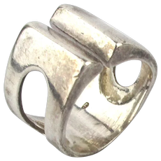 Modernist Sterling Silver Ring Split in the Middle