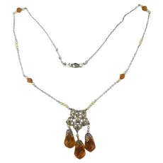 Delicate Art Deco Crystal Glass Drops Necklace