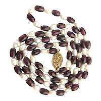 Pretty Garnet Bead and Freshwater Pearl Necklace