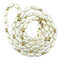 Lovely Dainty Pretty 14K Gold Freshwater Pearl Necklace