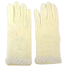 Vintage Lady Elaine Faux Pearl Covered White Gloves Unworn