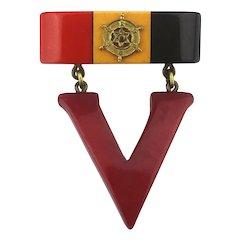 Original c1940 Bakelite ~ V ~ for Victory Pin Patriotic 2 Pc. Pin