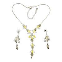 Pretty Rhinestone Mesh Floral Necklace Earrings Set