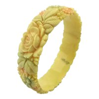 1930s Japan Celluloid Molded Flowers Everywhere Bracelet