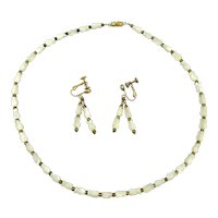 Mother-of-Pearl Carved TULIPS Necklace Earrings Set