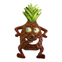 Crazy Moving Googly-Eyes Pineapple Figural Pin Enamel