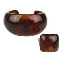 Chunky Lucite Root Beer Cuff Bracelet w/ Ring