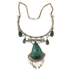 Exotica Vintage Necklace Stone Silvertone Swing n Sway
