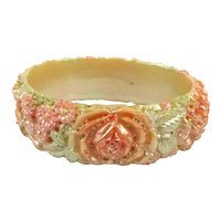 1930s Celluloid Molded Flowers Bangle Bracelet