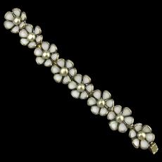 Vintage TRIFARI Daisy Glass Flower Link Bracelet