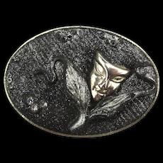 Strange Vintage Peeking Face Mask Pin Brooch