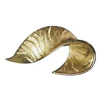 GIVENCHY Bold Gold-Tone Swooping Brooch Pin