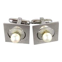 A LAMODE Pair of Sterling Silver Cufflinks w/ Pearl - Classic Vintage